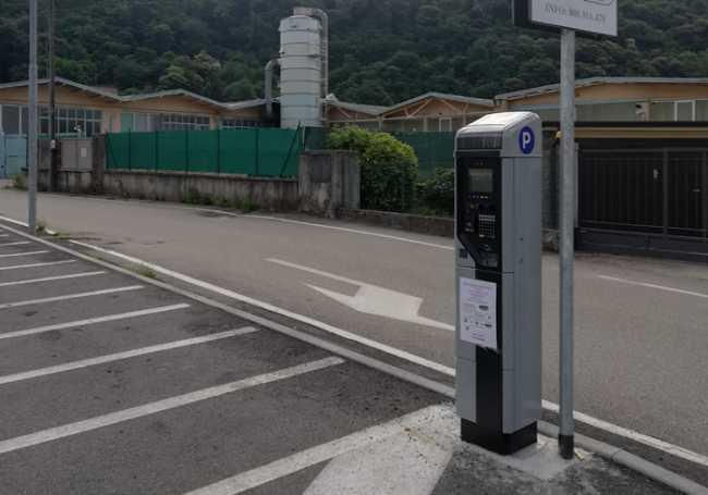 Pettenasco parcheggi pagamento