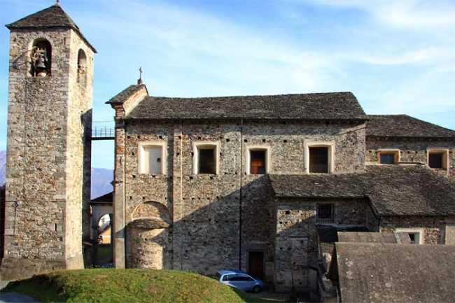 QuarnaSopra parrocchiale