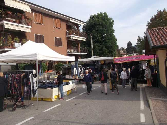 mercato omegna
