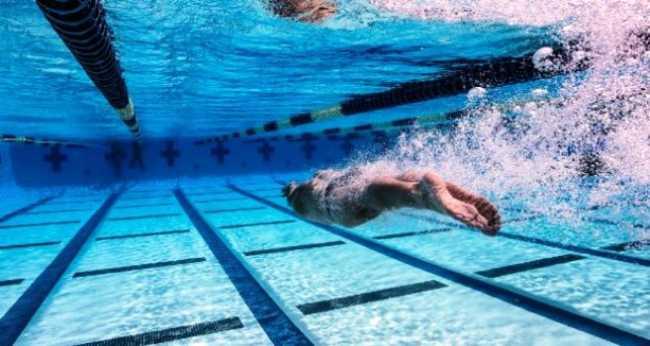 nuoto generica