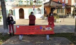 panchina rossa omegna