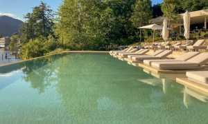 Laqua lake piscina